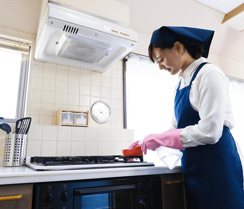 キッチンのお掃除の様子